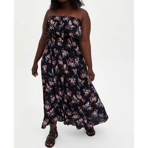 🆕 Black Floral Strapless Maxi Dress NWT Torrid 1X